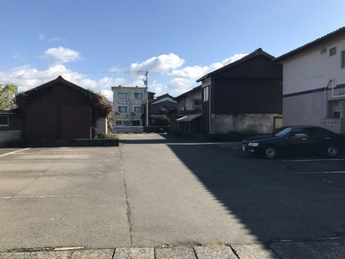 「駐車場」松島